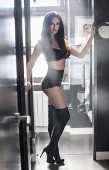 Echtes Playboymodel,  80C Busen